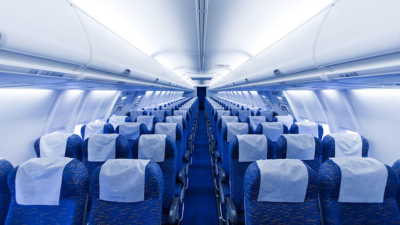ШОК: Патник во авион пронашол нешто кое е најстрого забрането да се види