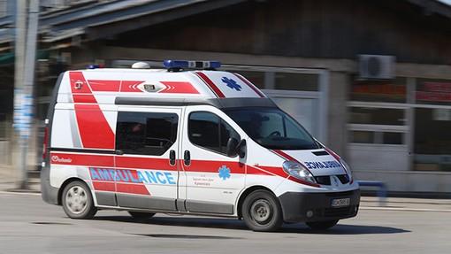Тешка сообраќајка во Бутел, маж во крварење во главата итно пренесен во болница