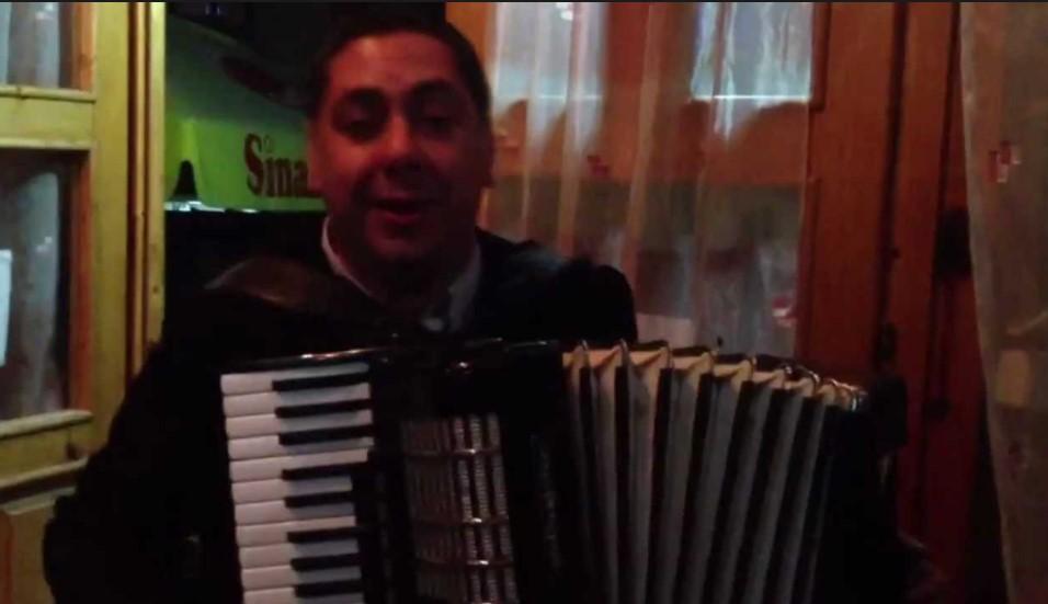 Замина прерано: Познатиот македонски фолк пејач почина на само 43 години