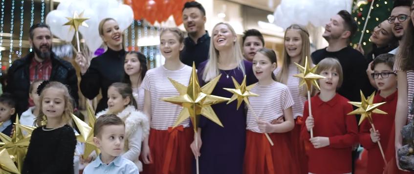 """ПЕСНА НА ДЕНОТ: Македонски музички ѕвезди ја снимија """"Вечниот Бог"""" (ВИДЕО)"""