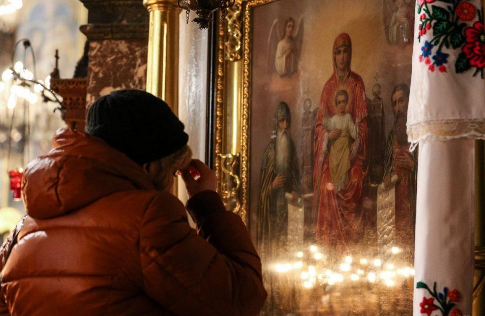 Вака правилно се слави трет ден Божиќ: Денеска е Св. Стефан- ова задолжително се вадело од дома