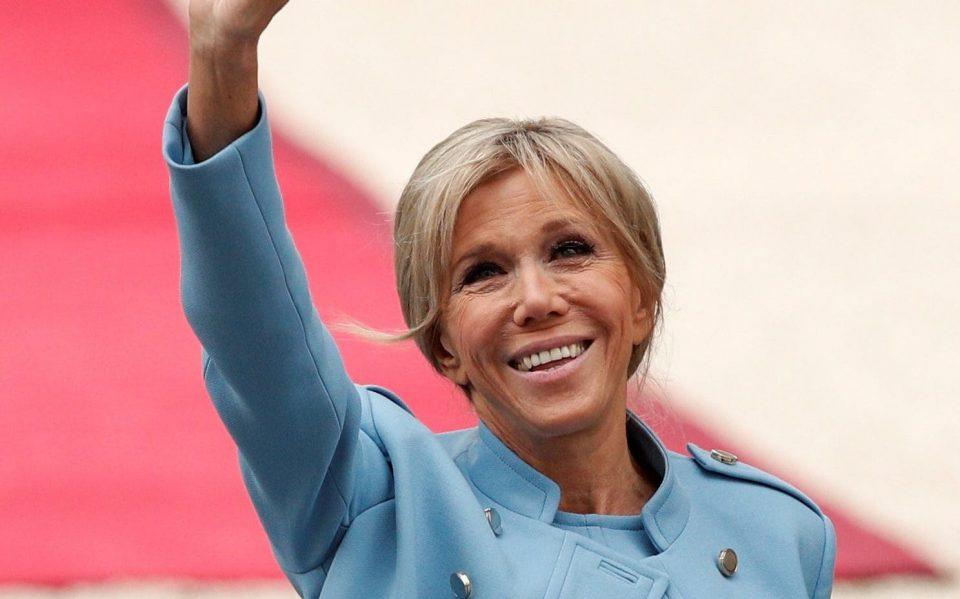 Французите бесни на првата дама: А кога ќе дознаете поради што ја обвинуваат дека се однесува како кралица се ќе ви стане јасно
