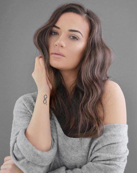 ФОТО: Нова промена – Елена Ристеска ја скрати косата, но на новата боја ќе мора да се навикнете