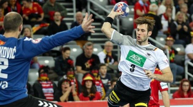 """""""Панцирите"""" покажаа моќ на првиот меч од нашата група: Германија ја торпедираше Црна Гора"""