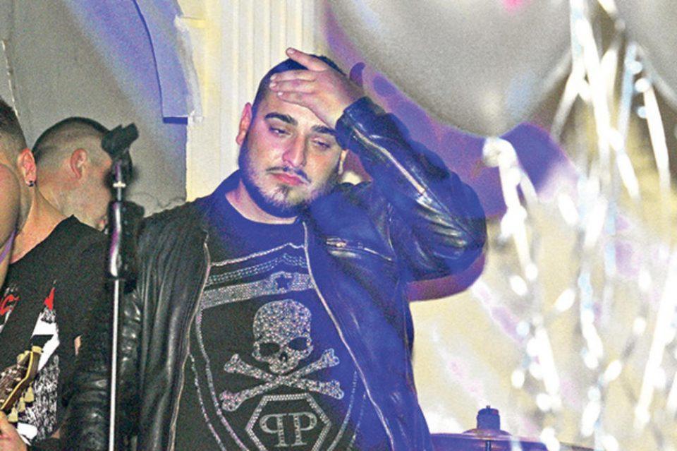 Дарко Лазиќ скапо го плаќа бурниот живот: Пејачот претерал и на свадбата на својот брат, лекарите веднаш му го испрале желудникот
