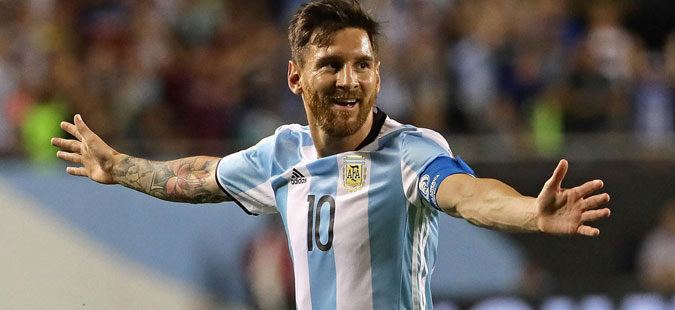 Фудбалерите лудуваат по соседството: Меси купил мал остров, а Роналдо за свадба му подарил грчки остров на овој човек