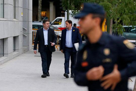 Шпанскиот Врховен суд одлучи: Сменетиот каталонски потпретседател останува во притвор