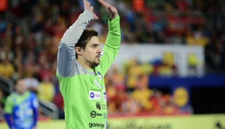 Во стилот на своите соиграчи Јанц и Доленец: Скок со потценувачка изјава за Македонија и покрај поразот на неговата репрезентација