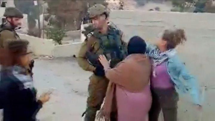 Koja e Ахед Тамими? Девојката која удри израелски војник стана симбол на палестинскиот отпор! (ВИДЕО)