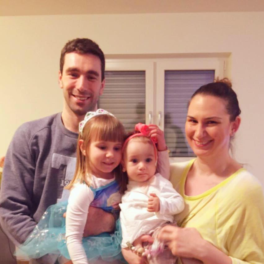 """На терен е """"ѕвер"""", а дома емотивен татко: Пораката од Миркуловски до неговата ќерка ќе ве разнежни"""