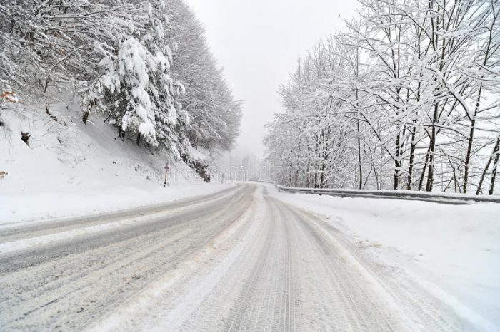 Забрана за движење и на автомобили преку  Буково  поради обилни снежни врнежи
