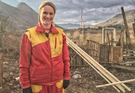 """На многумина им изгради куќи, а таа живее под кирија: Како изгледа денес водителката на """"Работна акција"""" (ФОТО)"""