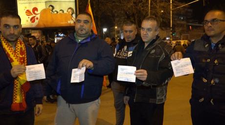 Прилепчани одлучни  Двојазичност во Прилеп нема да има  не се плашат од притисокот на полицијата