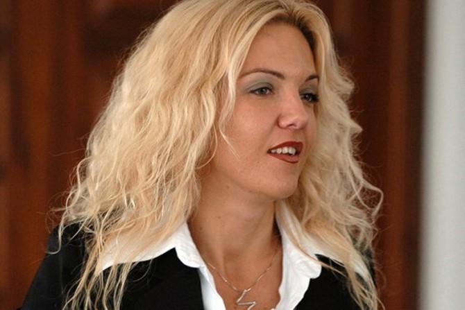 Каракамишева: Идната Влада да го запише овој ден од историско значење за сите Македонци во Преамбулата на Уставот
