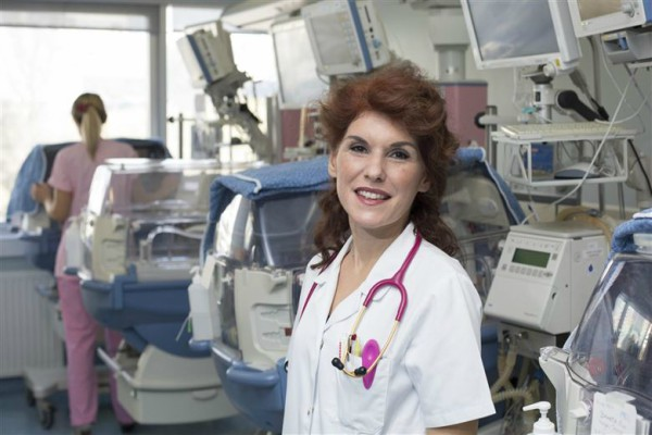 Исповед на лекарка од Македонија: Во Скопје во приватните клиники се заработува и до 1.500 евра