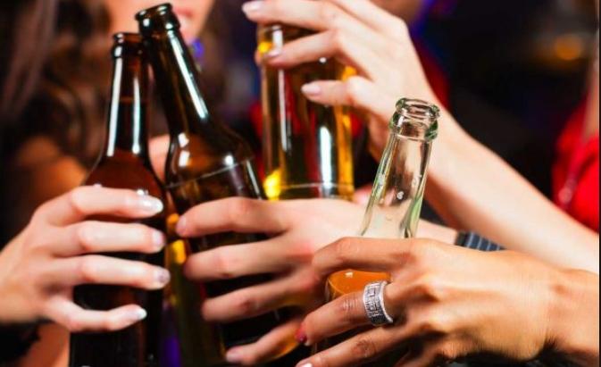 Кафеана во Тетово давала алкохол на малолетници, полицијата ги фати на дело