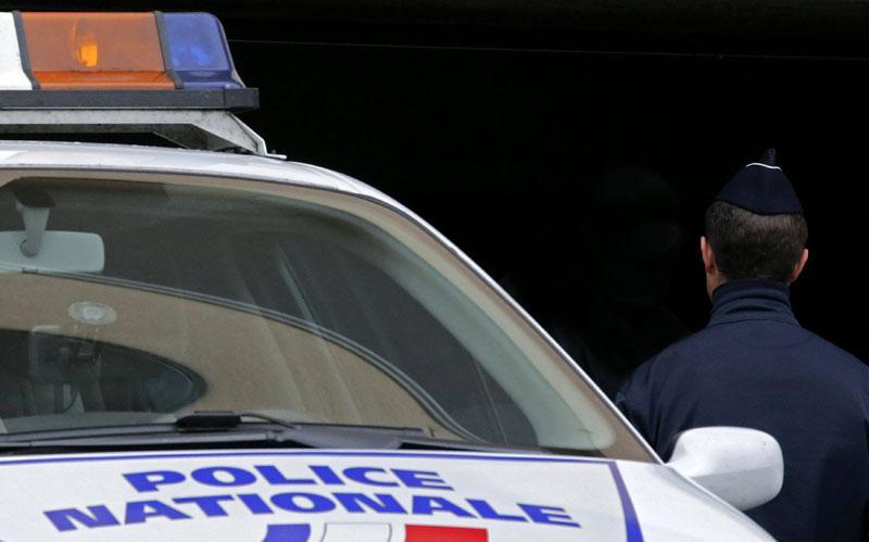 Полицијата ликвидираше напаѓач со нож во Франција