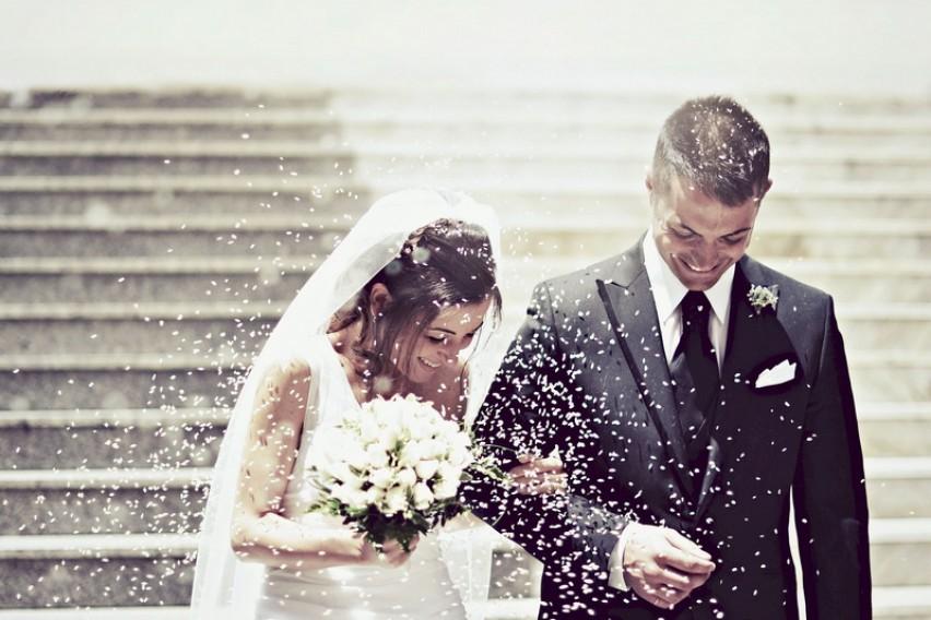Истражувањата потврдуваат: Луѓето во брак се посреќни од оние кои се слободни