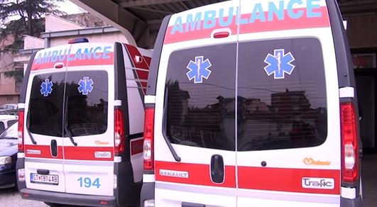 Се повредил во фабрика во Пробиштип, маж пренесен со Итна помош