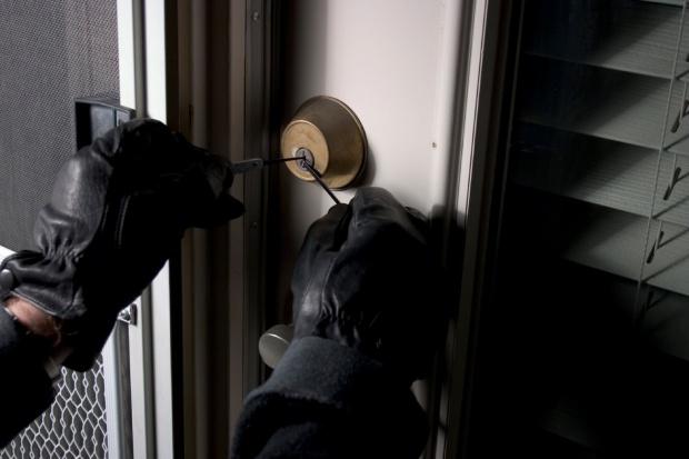 Фатен крадец од Скопје, познат идентитетот на уапсениот