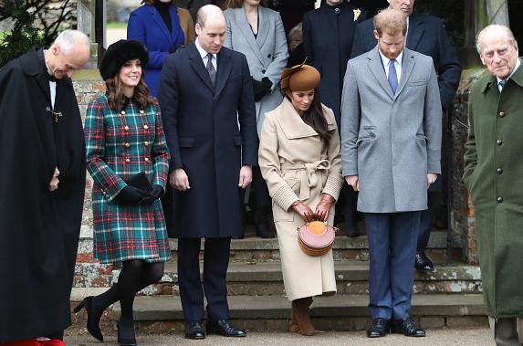 Цело богатство за детаљ кој предизвика бура во јавноста: Цел свет ѝ се смее на идната кралска снаа (ФОТО)