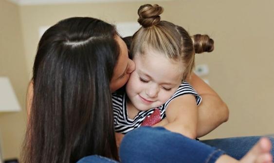 Ова се 15 знаци дека сте добра мајка