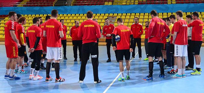 Нов позитивен случај на Ковид-19 во ракометната репрезентација пред дуелот со Швајцарија