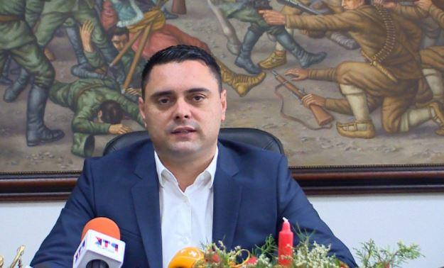 Новогодишна честитка од градоначалникот на Општина Кавадарци Јанчев