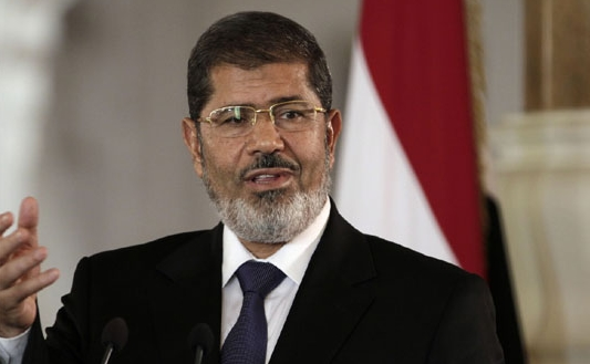 Соборениот египетски претседател Морси осуден на три години затвор