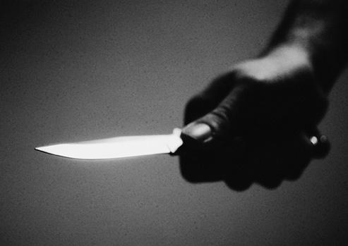 Ограбен скопјанец: Му се заканиле со нож и му украле 92.000