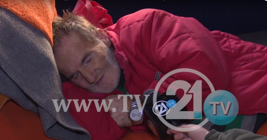 ДА ПОМОГНЕМЕ: Со гангрена на нозете, татко на 12 деца талка по скопските болници- државата не помага!