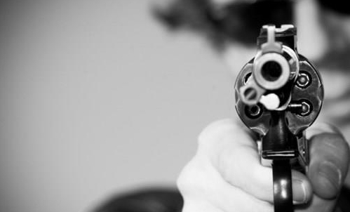Пукање во скопски Петровец по семејна расправија