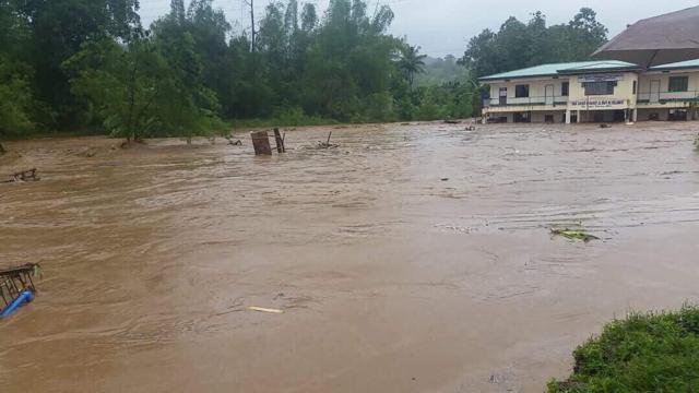 Повеќе од 50 жртви во поплави во Јужна Африка