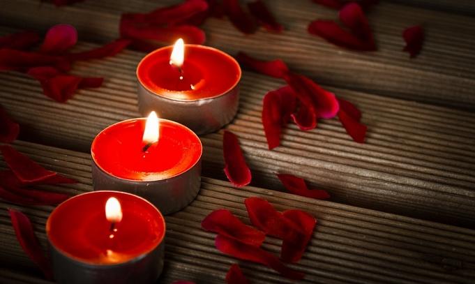 Што претставува за мажите романтика, а што патетика?