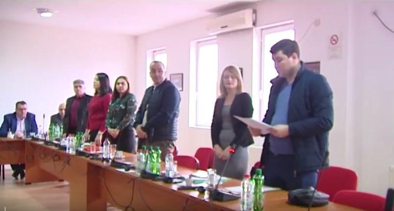 Советниците од ВМРО-ДПМНЕ и Коалицијата во општина Бутел ја напуштија седницата (ВИДЕО)