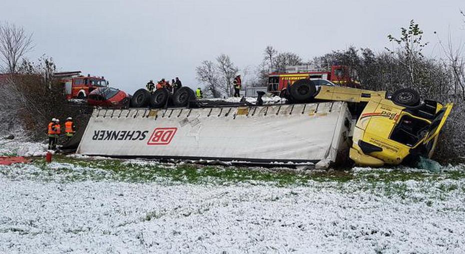 Објавени фотографии од тешката сообраќајка на Македонец со камион во Германија- штета од 200.000 евра (ФОТО)