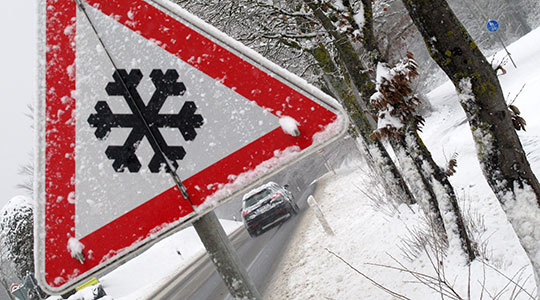 Слаб снег на Попова Шапка и Стража, патиштата проодни