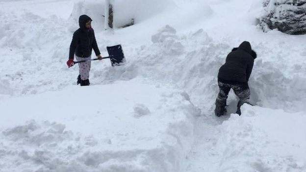 Вонредна состојба во делови од Северна Америка и Канада: Поларен студ, рекордни снежни врнежи, -50 степени (ФОТО)