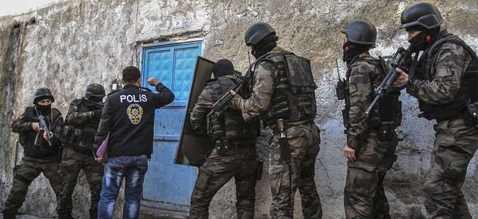Уапсени 38 лица осомничени за врски со ИД