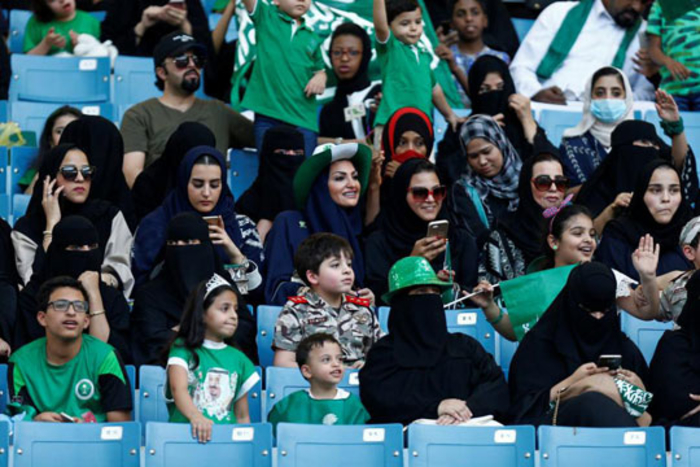 Саудијките по првпат ќе може да навиваат на фудбалски стадион