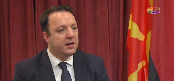 Николоски: Доколку излезе надвор од рамките на ОН во спорот за името, Македонија е единствена која ќе загуби