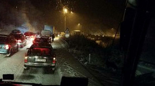 Поради сообраќајка во прекин сообраќајот на автопатот Тетово-Гостивар