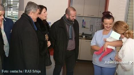 Монструозен потег за Нова година: Ова новороденче беше фрлено во контејнер во Сараево
