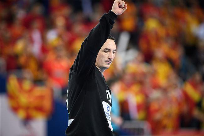 Борко Ристовски објави слика со Дурловски: Поддршка за Македонецот