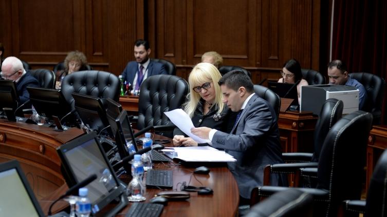 Жално за жална Македонија, странци ќе ни ја пишуваат историјата во нашите учебници