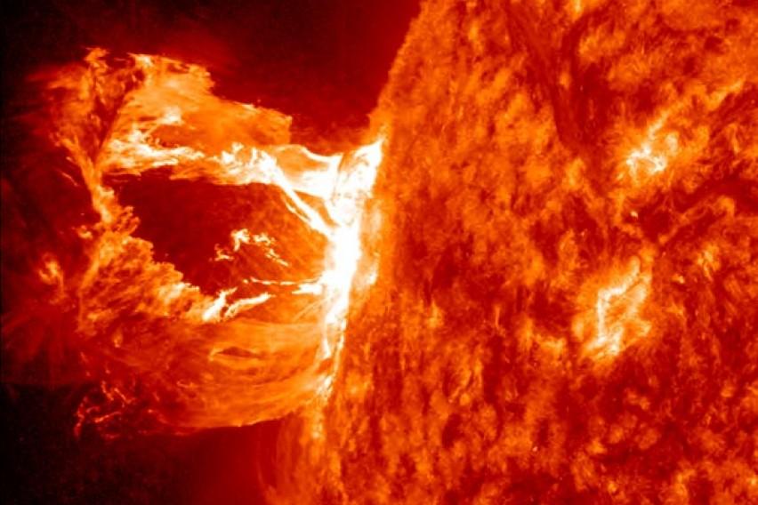 Еве какви последици ќе има: Геомагнетна бура утре ќе ја погоди Земјата