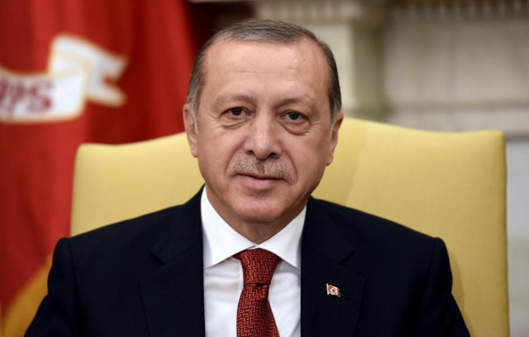 Ердоган бара од Турците да прават повеќе деца