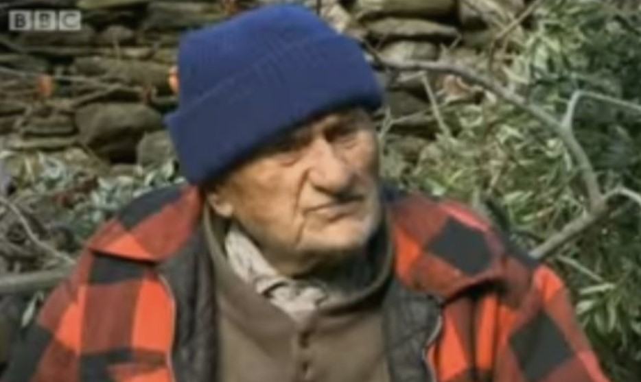 Одбил хемотерапија, дочекал 102 години: Ги надживеал и докторите и го откри рецептот со кој го победил ракот!