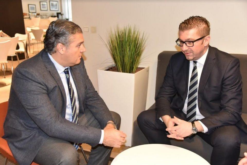 Мицкоски во Брисел оствари средби со европратеници и генералниот секретар на ЕПП