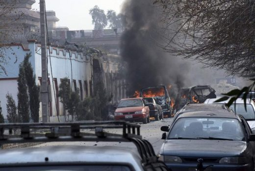 НОВ БИЛАНС: 40 загинати, 140 повредени- возилото на Брза помош експлодирало во близина на Канцеларијата на ЕУ (ФОТО)